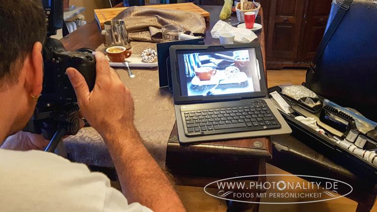 "Alexander ""Photonality"" Petzold - professioneller Fotograf aus Mannheim bei der Arbeit: Food-Fotografie"
